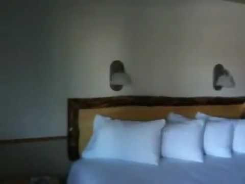 Pinedale Wyoming Hotel Room - King Bedroom