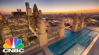 'Sky Pool' In New Houston High-Rise Hangs 500 Feet Above Ground | CNBC