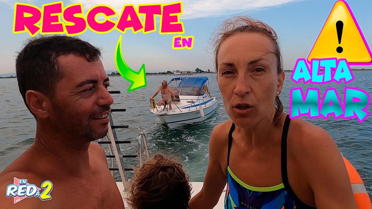 Viaje ACCIDENTADO en barco!! Tenemos que RESCATAR una FAMILIA en ALTA MAR!! Enredos en Familia