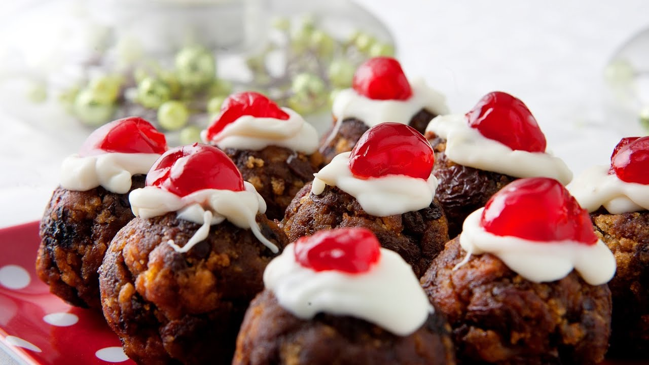 Easy Recipes, Mini Plum Puddings, 4 Ingredients, Kim McCosker ...