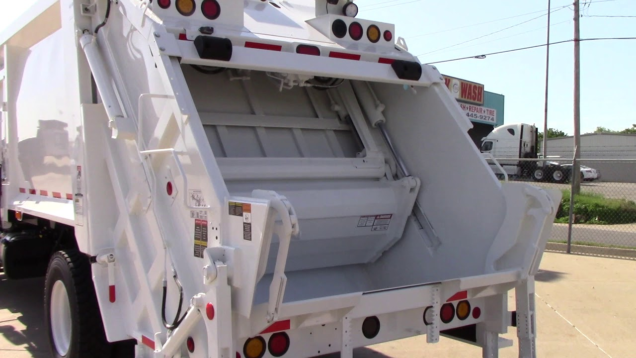 Brand New, 2019 Freightliner M2 106 Trash or Recycle/Refuse Truck