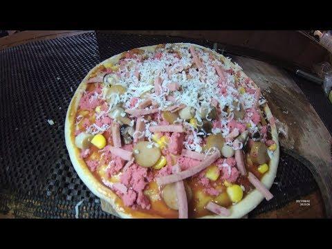 Indonesia Surabaya Street Food 2418 Part.1 Less THan 2 USD Pizza Roll Food Truck YDXJ0735