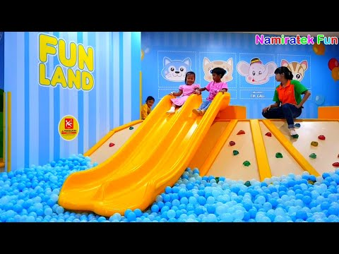 Cute Toddlers Love to Playing at Playground Kids Toys Ride Odong Odong Balloon & Biggest Ball Bath