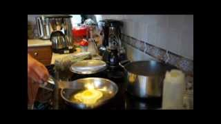 Cooking fried eggs on stainless steel pans: get rid of that nonstick PTFE Teflon!