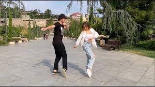Девушка Танцует Красиво В Парке Тбилиси Лезгинка 2021 Рачули (Танцуй) ALISHKA Супер Песня Грузия