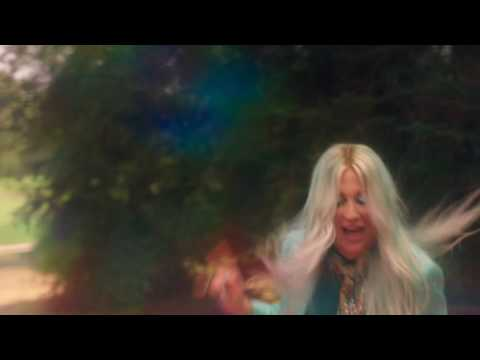 Kesha - Learn to Let Go (Watch Now)