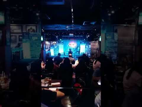 Persembahan di Hard Rock Cafe (23/11/2017) - Khalis Real Spin