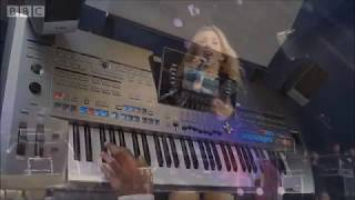 Tyros 5 - Ellie Goulding - Love Me Like You Do (Instrumental cover)
