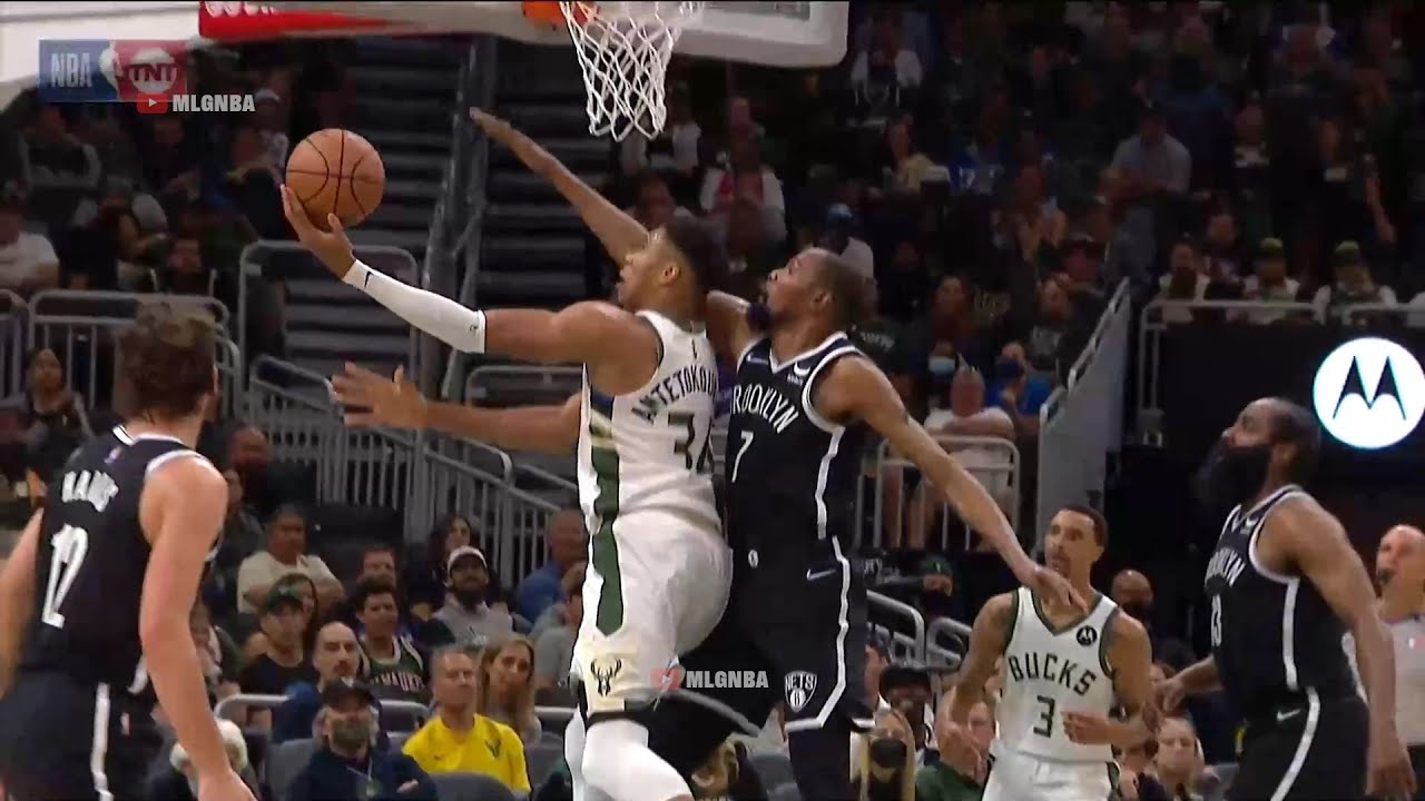 Giannis eurosteps around Kevin Durant and finishes with the left 🔥 Bucks vs Nets