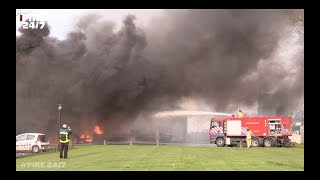 Brandweer - very large building fire in Urk (the Netherlands)