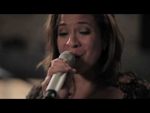Nurlaila - Nina Bobo @ Live From The Poolhouse