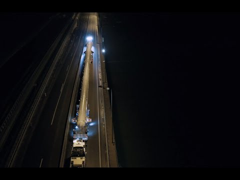Heavy Lift Cargo: Transporting a 148 tons petrochemicals column through Hungary