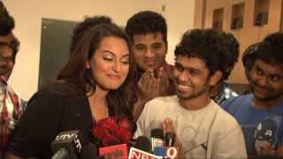 Sonakshi Sinha speaks Tamil! Proposed by India
