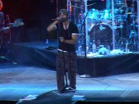 Enrique Iglesias Donde Estan Corazon Live