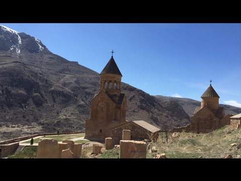 Travel VLOG #1 Armenia | Old monasteries, dramatic mountains, cemetery hopping - and getting drunk?!