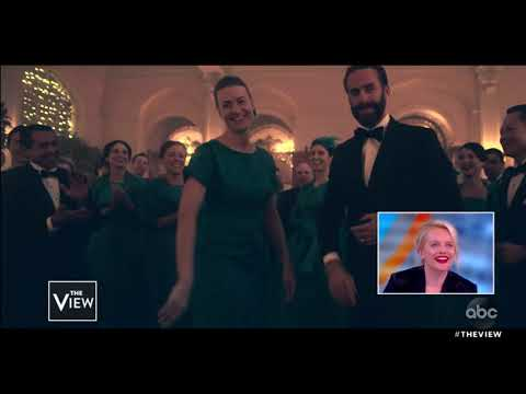 Elisabeth Moss Reacts to 'The Handmaid's Tale' Cast Dance | The View
