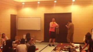 医薬事業部社員旅行 伊王島 in 2011の余興 タンバリン芸「ゴンゾー」の...