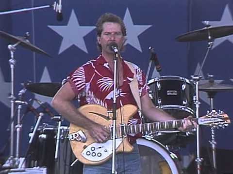 Roger McGuinn - Mr  Tambourine Man (Live at Farm Aid 1986)