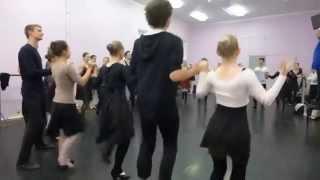 Занятие по отработке элементов русского народного танца