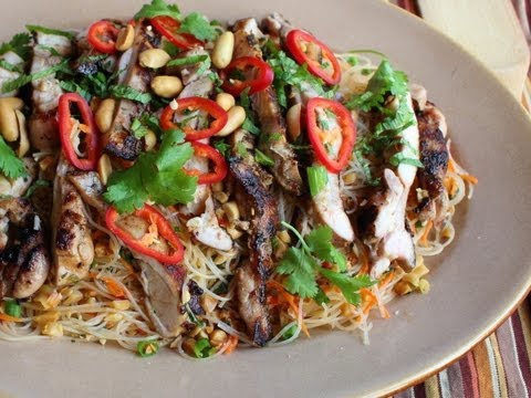 Spicy Rice Noodle Salad Recipe - Cold Asian Noodle Salad With Grilled Chicken