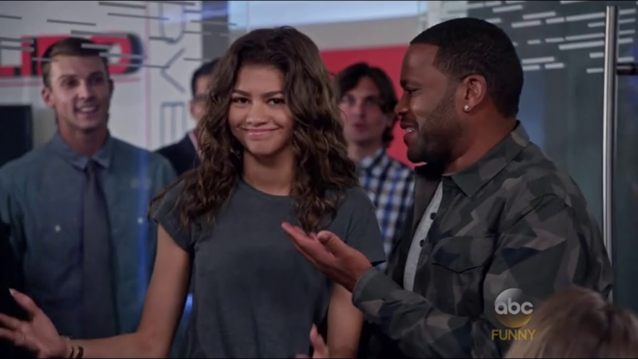 Download all Zendaya moments in blackish