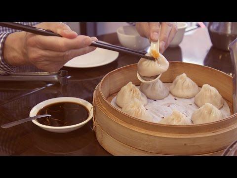 How To Eat A Xiao Long Bao Like A Boss