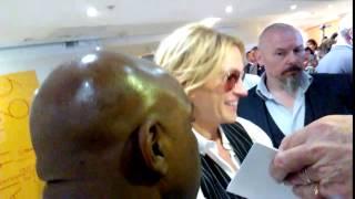 Джулия Роберт на презентации фильма «Финансовый монстр» (Канны 2016)