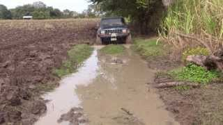Jeep Cherokee Sport Xj Off Road in Mud Panuco, Veracruz Club Jaibos 4x4