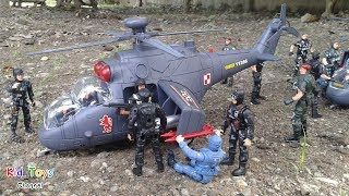 Toy helicopters for kids Toys soldiers Toy channel