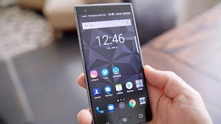 BlackBerry Motion Review The Battery King?!