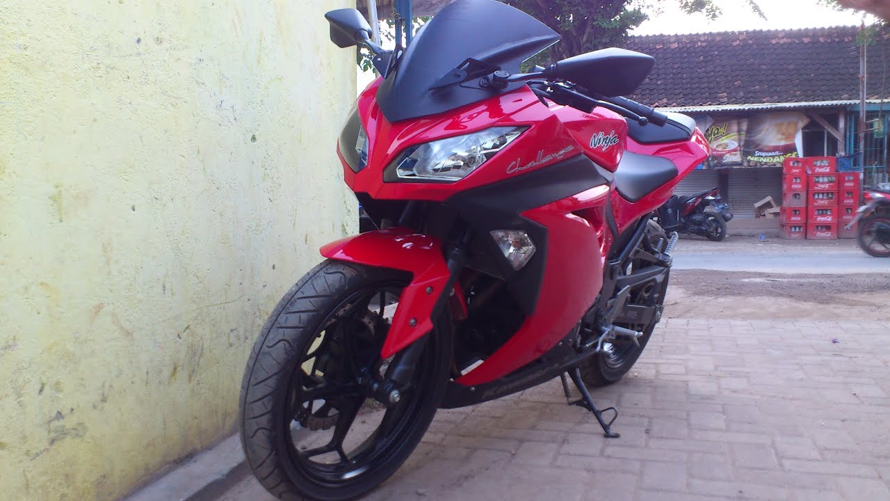 Kawasaki Ninja 250 Fi Red