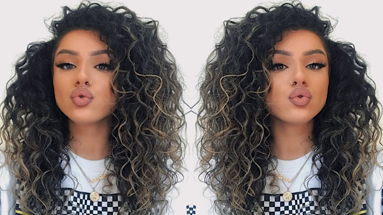 BIG CURLY HAIR TUTORIAL - (how to make your hair look curlier NATURALLY)  11