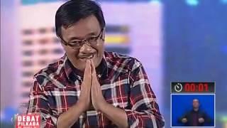 Video Djarot Hidayat : Tugas utama Birokrasi melayani setiap Warga Jakarta - Debat Pilkada II 27/01 download MP3, 3GP, MP4, WEBM, AVI, FLV November 2017