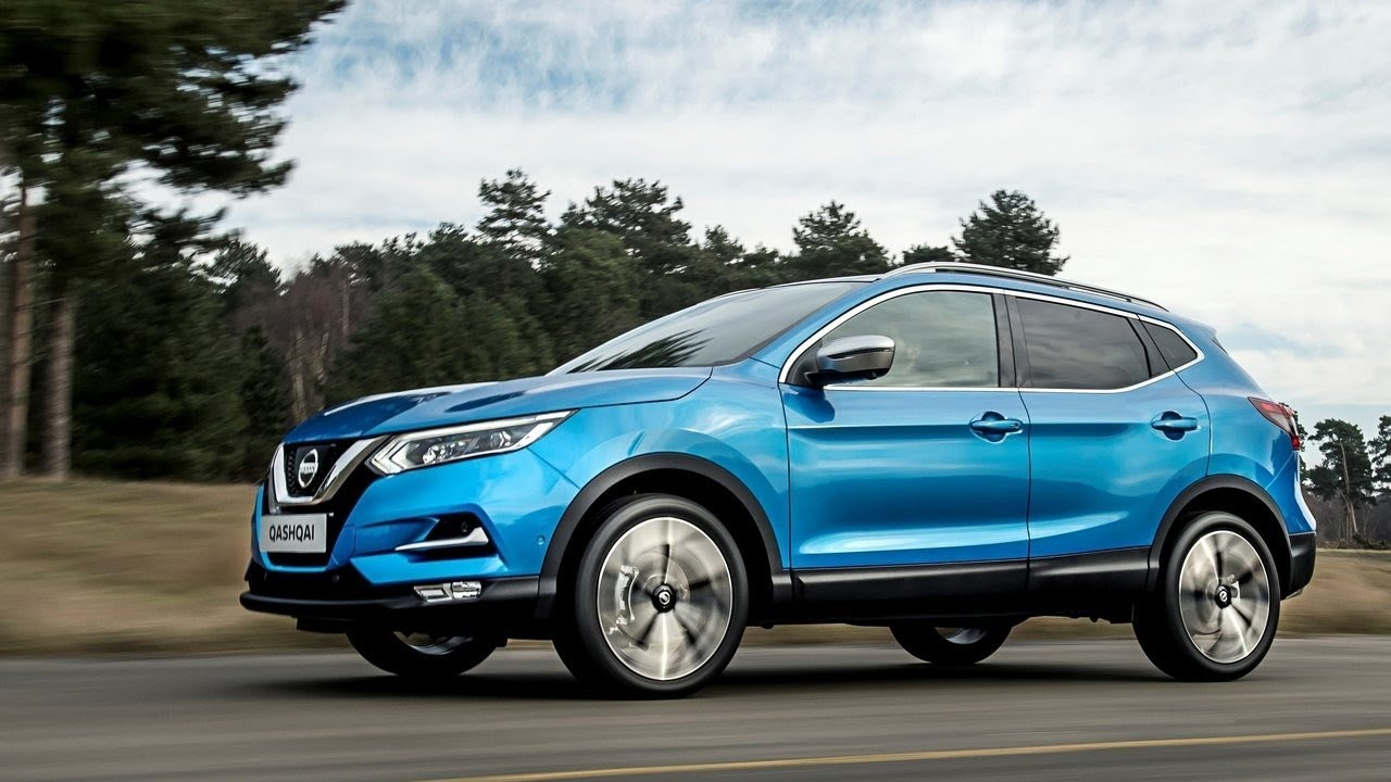 2018 nissan qashqai facelift a stylish sporty and versatile small suv autobizz youtube. Black Bedroom Furniture Sets. Home Design Ideas