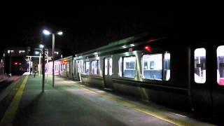 夜の羽前千歳駅で...