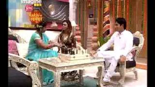 Rakhi Ka Swayamvar Episode 14 Rakhi and Manmohan's mother