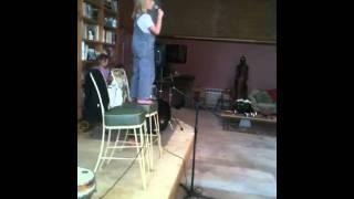 asha sings Rolling In The Deep - Adele