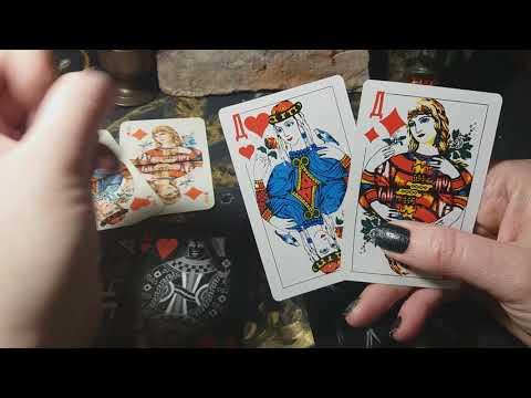 Об игральных картах. ДАМА ЧЕРВОВАЯ И ДАМА БУБНОВАЯ.♡◇
