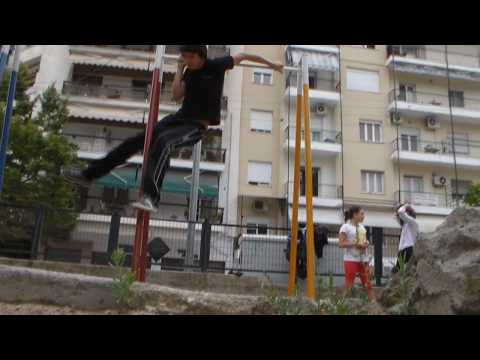 Street Workout~Bar Tricks Dado And Arko