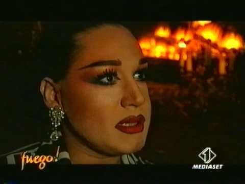TV Italiana en el Cabaret Chez Nous Berlin - YouTube