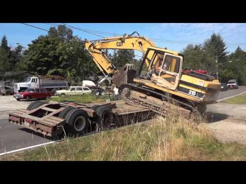 Side Loading Cat 315 Excavator Onto Peerless Lowboy