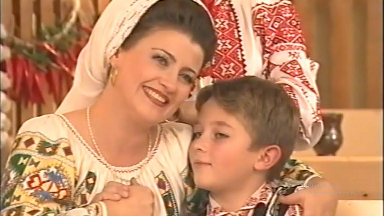 De ce să mă chemi mamă Povestea Mamei Soricea