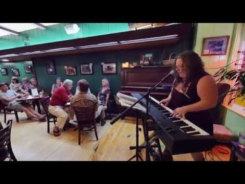 "Meghan O'Keefe performs her ""Shades of Gray"" at Rosebud's Café"