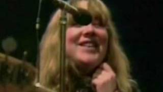 Watch Sandy Denny Farewell Farewell video