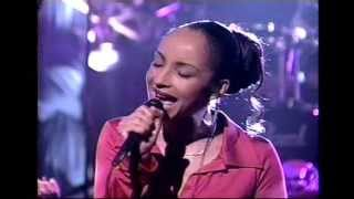 Sade Performs