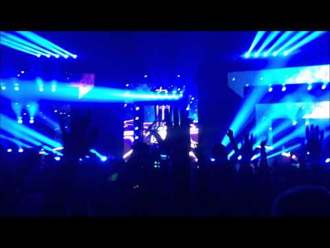 Hardwell vs. R3hab - Dare You vs. Unstoppable (VINAI Remix) (San Francisco, 11-07-2014)