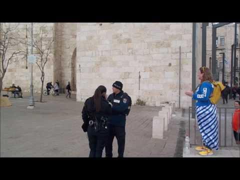 Israel Police attempt to silence Jerusalem Street Preacher