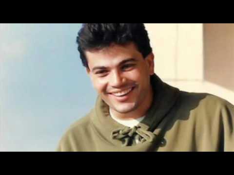 قمر اغنية نادرة عمرو دياب