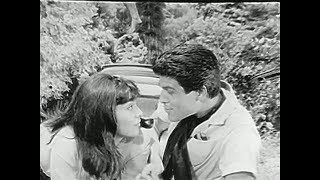Kimse Fatma Gibi Öpemez (1964) - Serap Acar ve İzzet Günay