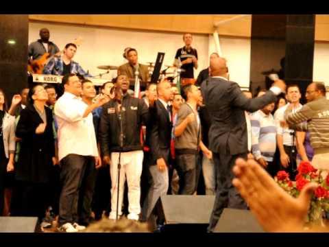 Pastor Donnie McClurkin in Brazil -